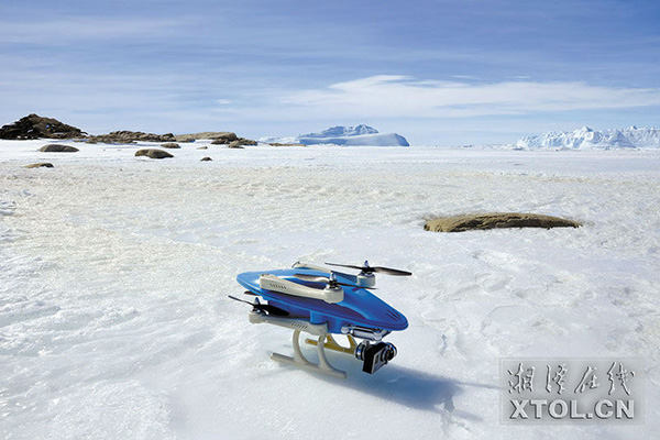 chinese-expedition-team-fly-3d-printed-drone-on-the-south-pole-1